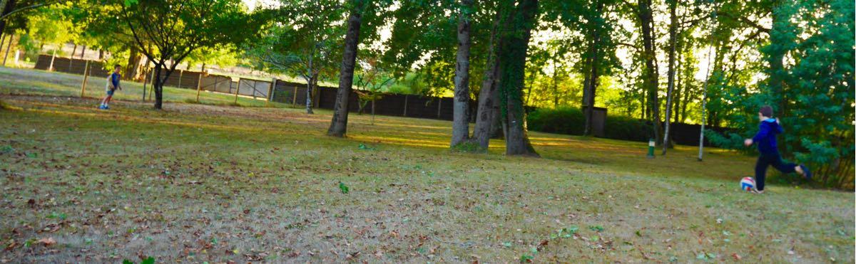 foot-dans-jardin